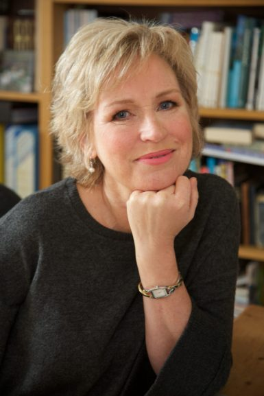 Sally Magnusson.jpg